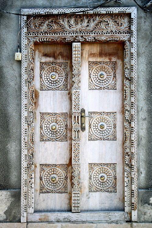 Door | ドア | Porte | Porta | Puerta | дверь | Sertã                                                                                                                                                      More