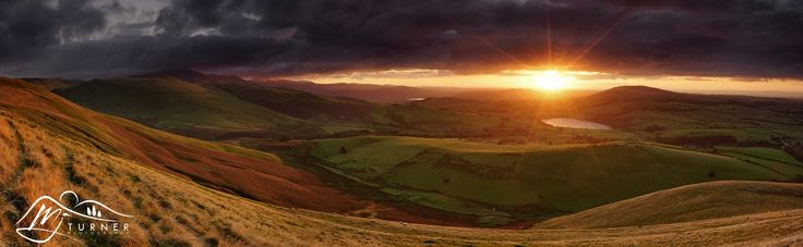 Skiddaw & Over Water from Longlands Fell.jpg - A 7-stitch panoramic shot from Longlands Fell looking towards Skiddaw (left) Bassenthwaite Lake (centre) Over Water (right) and Binsey (far right) at sunset.  The rolling contours of these hills are just beautiful, especially when the light is like this.....