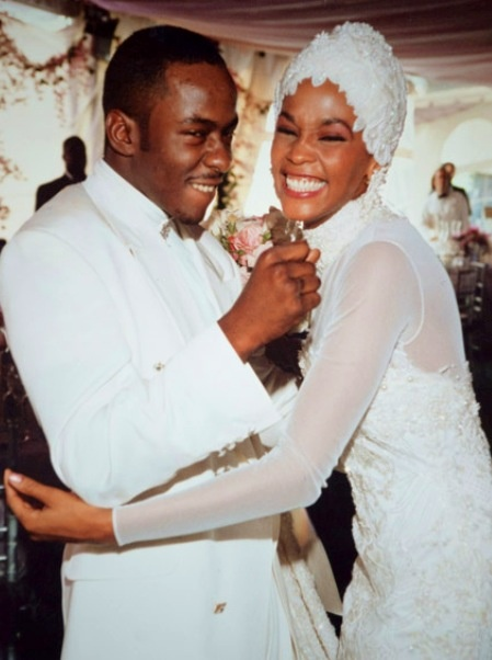 Bobby Brown and Whitney Huston on their wedding day