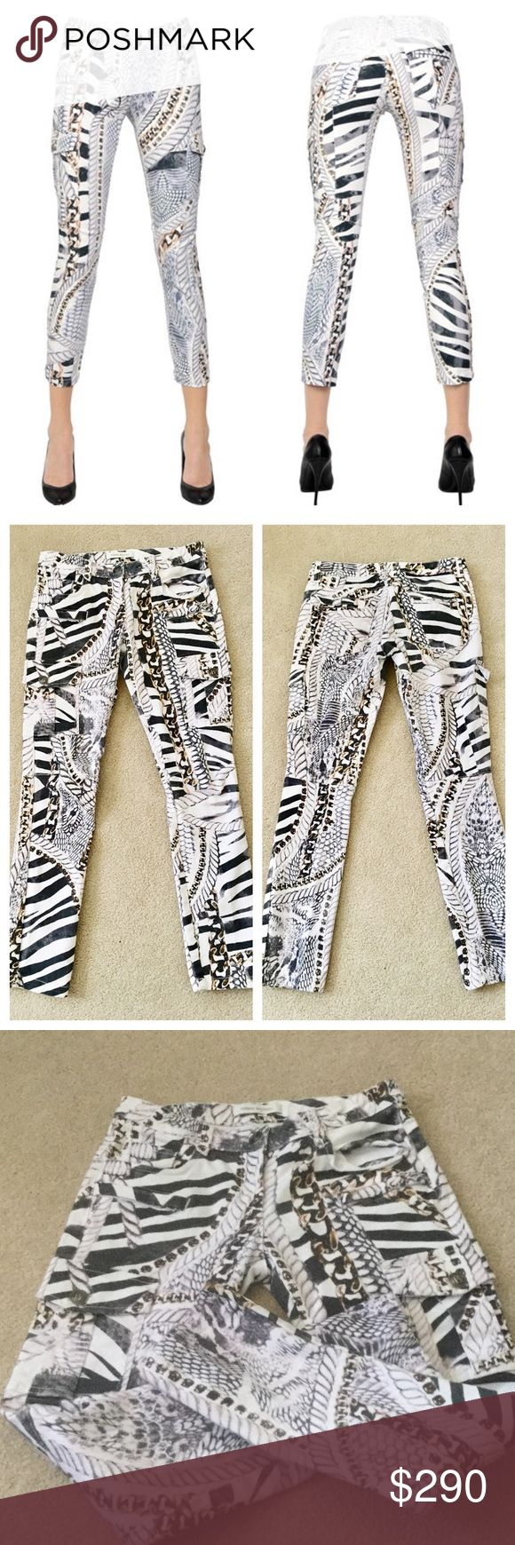 """Pierre Balmain👖Printed White Skinny Jeans Beautiful preloved Balmain (NOT H&M) skinny jeans with two cargo front pockets and two zipper pockets above along with standard 5 pockets, motto like look.  Great stretch, 97% cotton, 3% elastane.  No stains or marks, minimal fading, these are in beautiful condition and are a great addition to any denim lovers closet.  Waist measures 14.26"""" across, low rise 7.5"""", inseam appx 27.5"""", leg opening appx 11.5"""". Features zippered back pockets.  No detail…"""