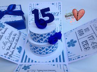 Invitación quince años  Modelo Caja Explosiva  Color Azul Eléctrico  Pastel