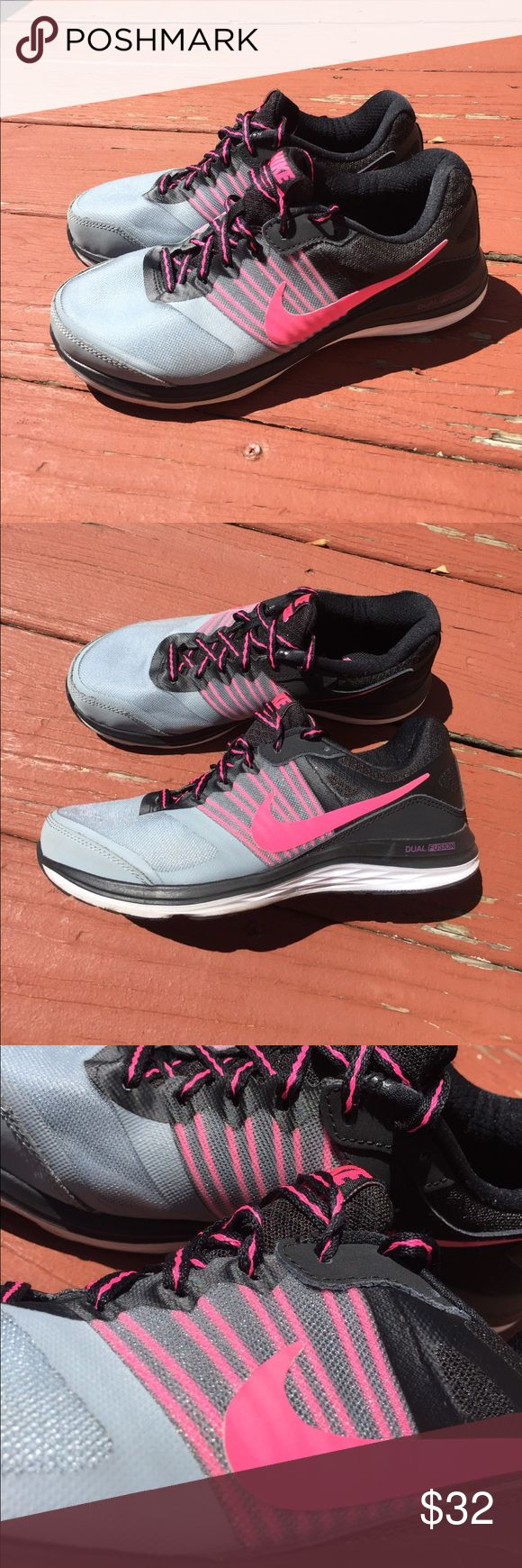 Nike Dual Fusion X Brand New! Black Pink Grey Sz 7 Brand new! Black and pink with grey mesh. Women's size 7. Nike on right inside layer is half gone - please see pics! Nike Shoes Athletic Shoes