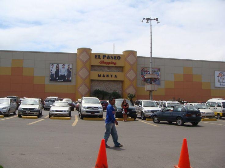 El Paseo Shopping, es considerado el mejor mall de la localidad - Manta, Ecuador - Foto Retiring In Ecuador