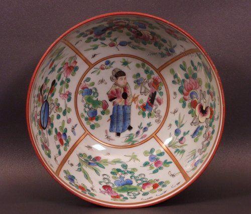 """Bol à punch en porcelaine de Bayeux décor """"au chinois"""""""