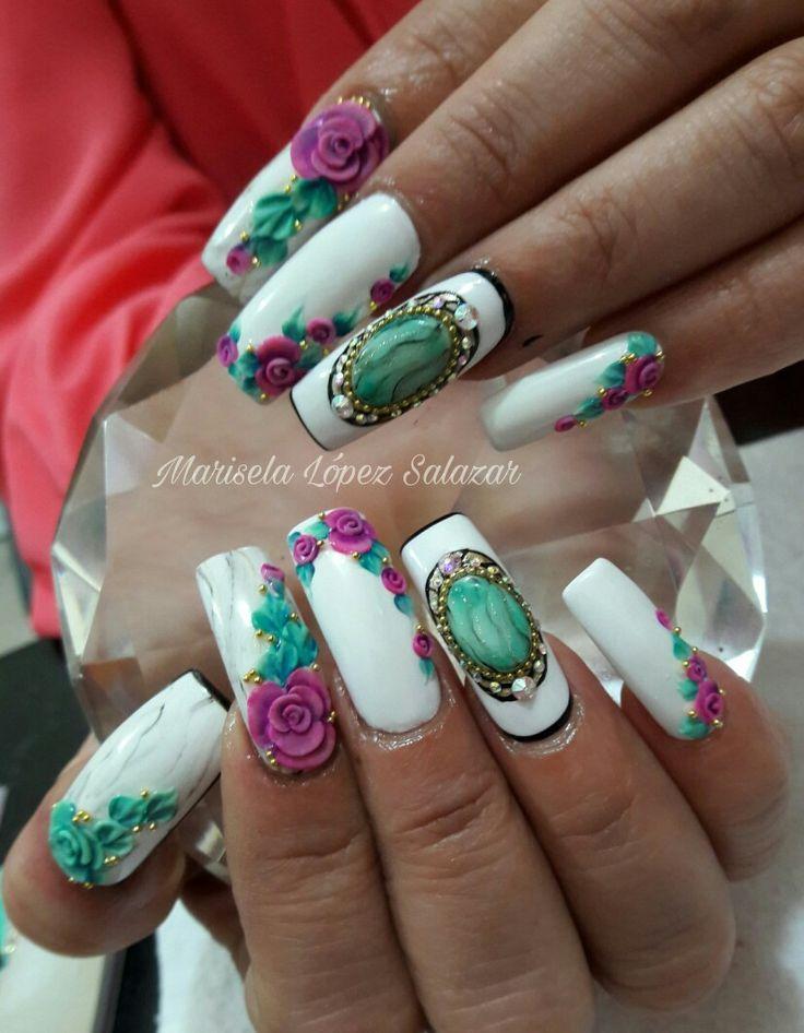 Rosas Nails