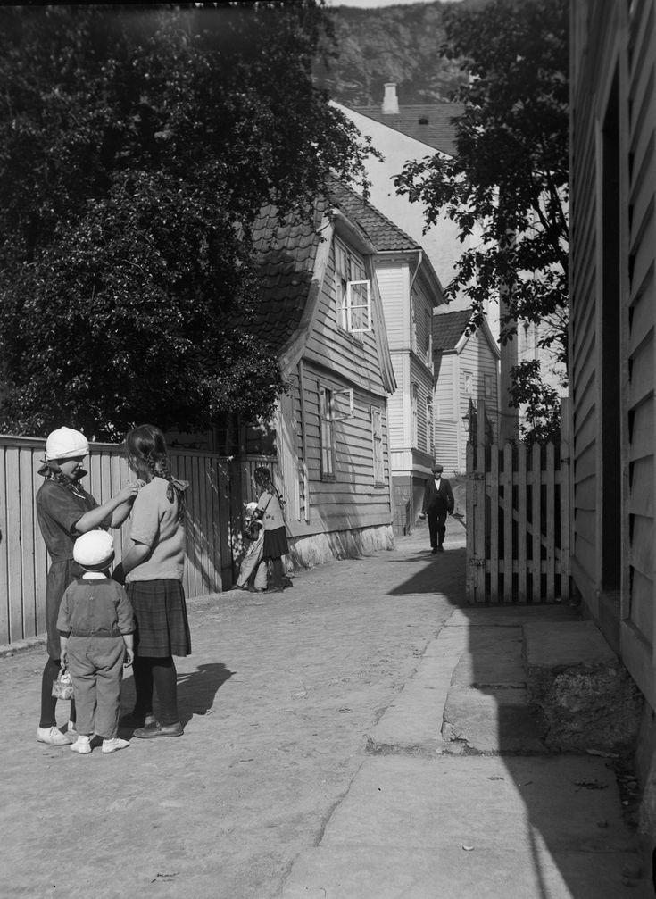 Rosesmuget ved Sandviksveien fra marcus.uib.no