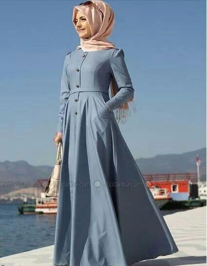 Hijab Fashion 2016/2017: Love the dress  Hijab Fashion 2016/2017: Sélection de looks tendances spécial voilées Look Descreption Love the dress