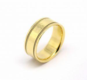 b97bbf1ff54 Par de Alianças Ouro Amarelo com Fio Ouro Branco 18k 750 (2)