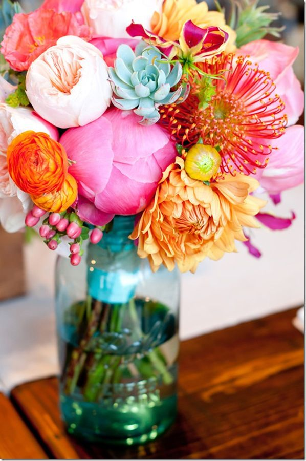 love the colors: Colorful Flowers, Colors Flower, Colors Combos, Color Combos, Bouquets, Flower Arrangements, Fresh Flowers, Mason Jars, Bright Colors