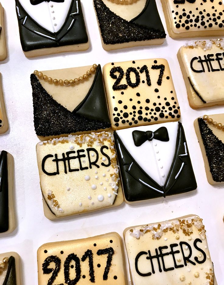 New Year's Eve cookies, tuxedo, champagne, 2017 cookies