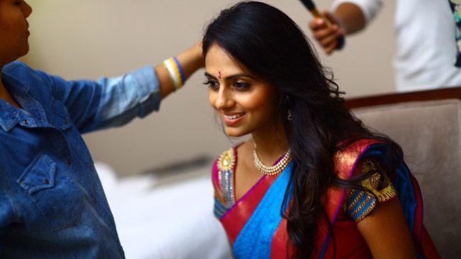 8 HAIR SECRETS INDIAN WOMEN SWEAR BY: 1. Henna (be careful if you already process your hair) 2. Neem 3. Brahmi 4. Aloe Vera 5. Sesame 6. Gooseberry 7. Shikakai 8. Coconut Oil