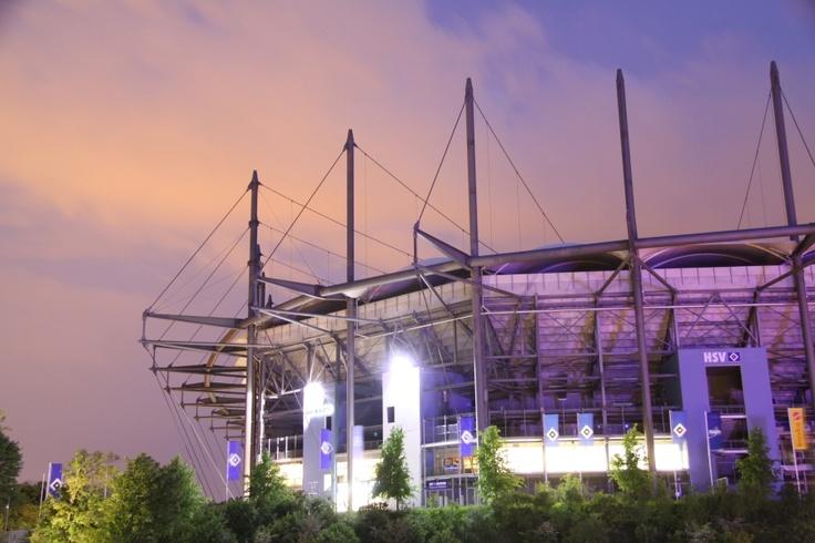 Das Stadion des Hamburger Sport Vereins (HSV)  in Hamburg Stellingen. Ehemals HSH-Nordbank Arena jetzt Imtech-Arena.