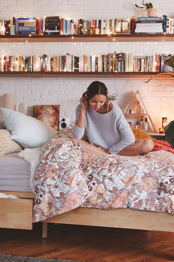 Top Dorm Bedding Ideas When Decorating Your Dorm Room The First Thing You Will