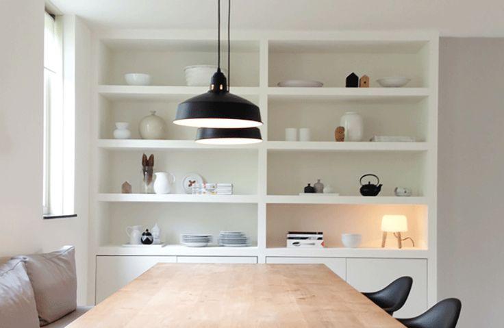 Een inbouwkast op maat voor de eetkamer | Interieur design by nicole