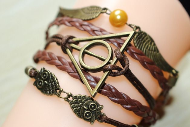 Bettelarmbänder - Harry Potter Flügel Armband Eule Charm Armband - ein Designerstück von saoirsechen bei DaWanda
