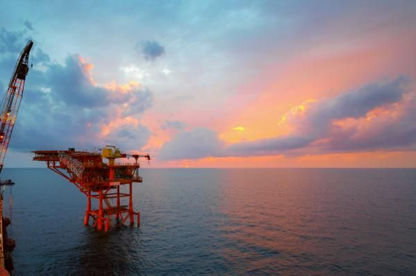 A main oil and gas supplier to the European economy, the central bank in Norway said Thursday it was keeping its policy rate stable as…