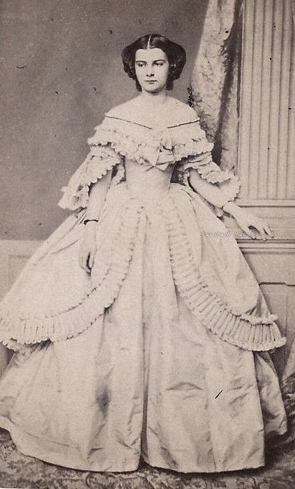 """carolathhabsburg: """" Marie Sophie in Bayern, later Queen of the Two Sicilies. Mids 1850s. """""""