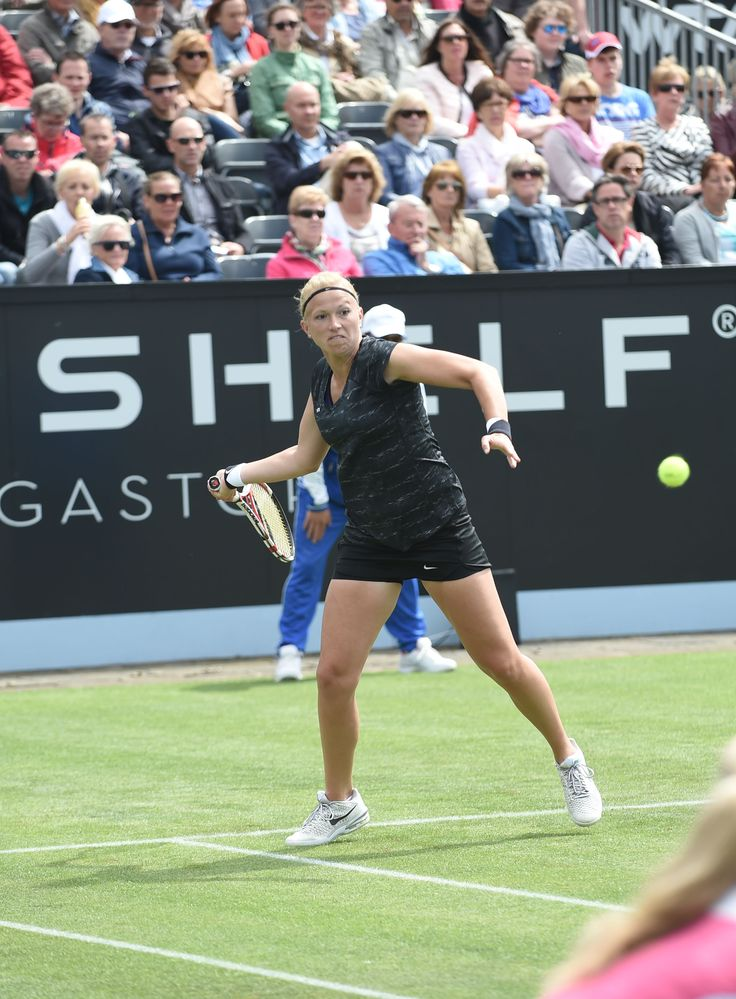 Michaëlla Krajicek was ook dit jaar aanwezig op Topshelf Open. De Nederlandse heeft op het gras van Rosmalen enkele hoogtepunten van haar leven mogen vieren. Zo speelde ze haar eerste WTA wedstrijd in Rosmalen, won ze haar eerste titel op gras en vorig jaar is ze op het centre court ten huwelijk gevraagd door haar vriend, Martin Emmrich