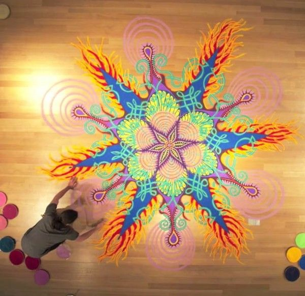 Swept Away: The Stunning, Temporary Sand Paintings of Joe Mangrum