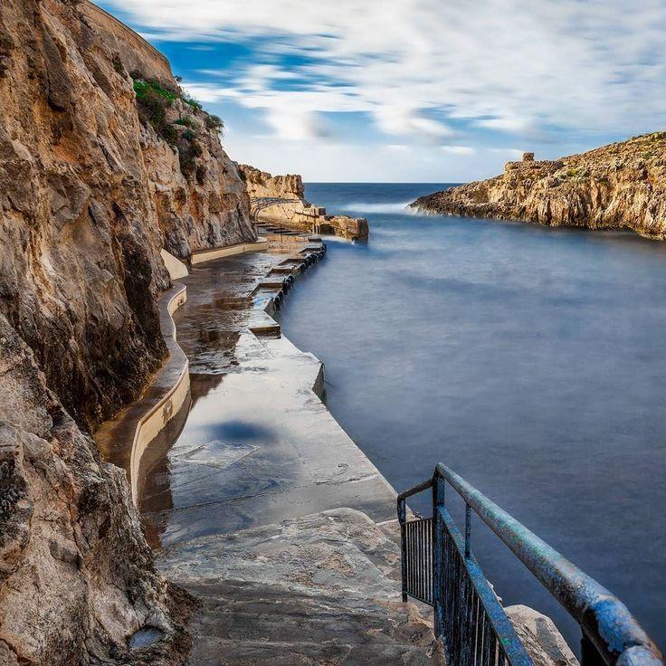 Follow the path and prepare yourself to be amazed  #vittoriogreggio #seascape #sardegna #lovetheocean #whatmakestheocean