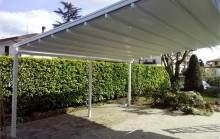 Retractable awning for terrace