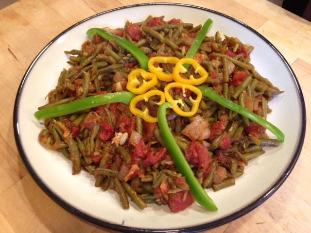 Green Beans and Tomatoes (Lobbyer Bzeit)