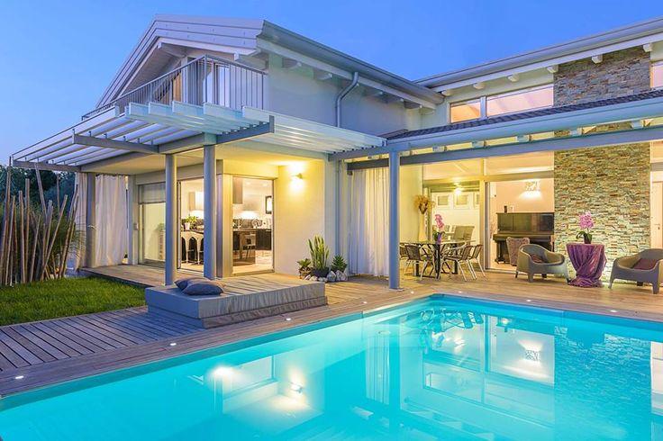 Realizzazione Biohaus Villa in bioedilizia con piscina