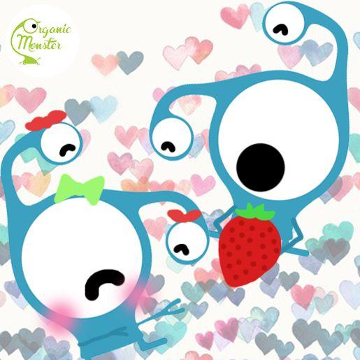 """Happy Valentine's Day! Sudahkah kamu memberikan hadiah untuk orang- orang terkasih, Monsters? Kasih sesuatu yang gak biasa. What about our lovely Monster Juice called """"Berries in Love""""?"""