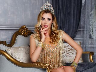 Анна Гомонова привезла в Украину сразу две короны конкурса Mrs Earth-2017 - Мода
