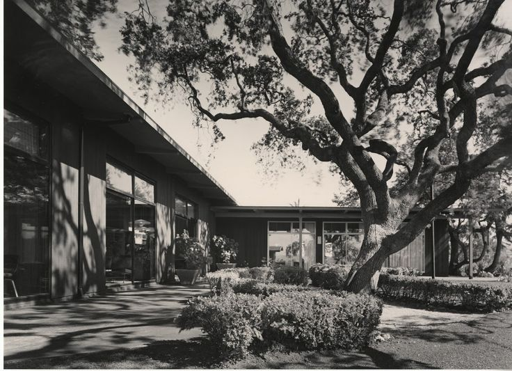 Case Study House      Wurster  Bernardi and Emmons                    Pinterest Case Study House        Charles Eames and Eero Saarinen for John Entenza