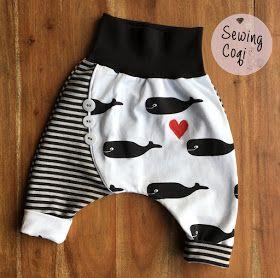 Schnittmuster Knopfknirps von Glücksemmel - Motivjersey Bio Jersey Wale (Staghorn) - Erstlingsausstattung - Klinikkoffer -  Kliniktasche - Neugeborene - Outfit - Babyoutfit - Babyhose- Wal - Nähen -  Newborn - Sewing - Pattern - Kliniktasche