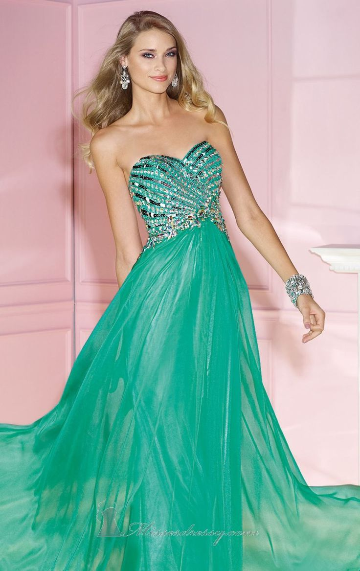 49 best Dress Up ~ images on Pinterest | Prom dresses, Formal ...
