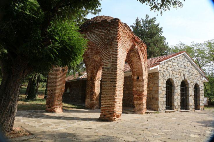 A kazanlaki trák sírkamrák freskói felbecsülhetetlen értékű mesterművek. http://kozelestavol.cafeblog.hu/2017/08/19/trak-kiralyok-volgye-bulgariaban/
