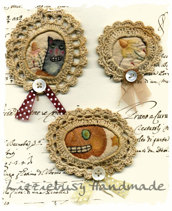 Primitive stitchery brooches with crochet frames - Lizziebusy Handmade