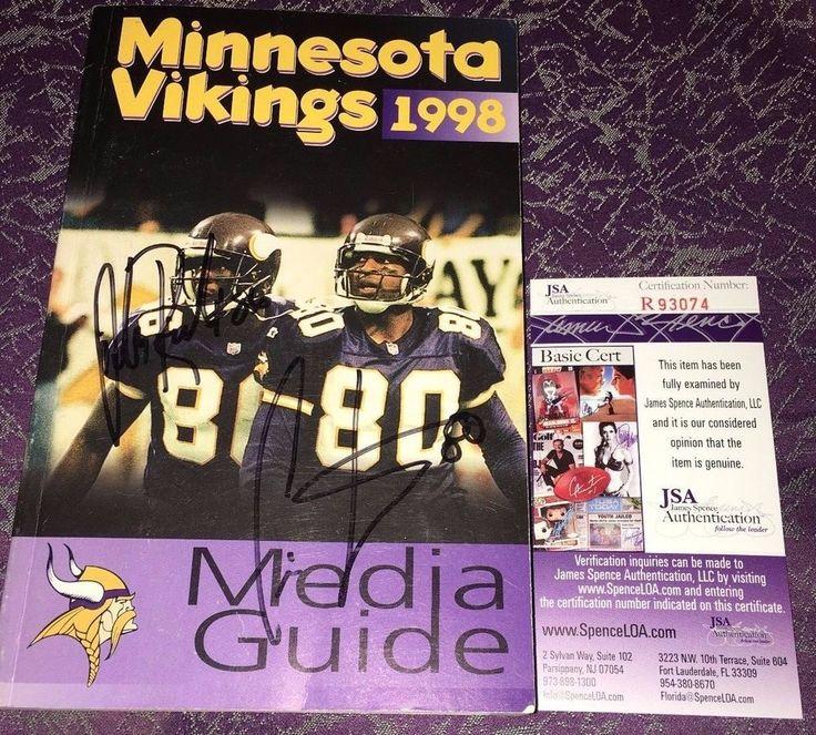Cris Carter Jake Reed Dual Signed 1998 MINNESOTA VIKINGS MEDIA GUIDE JSA (15-1) #MinnesotaVikings