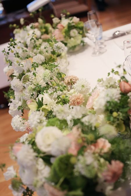 春先の会場装花 ブラッスリー・ポール・ボキューズ様へ 夢ほたる : 一会 ウエディングの花