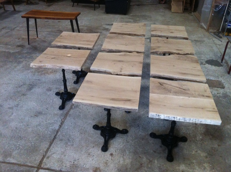 Table for 2 - rustic oak by MUDAHULA