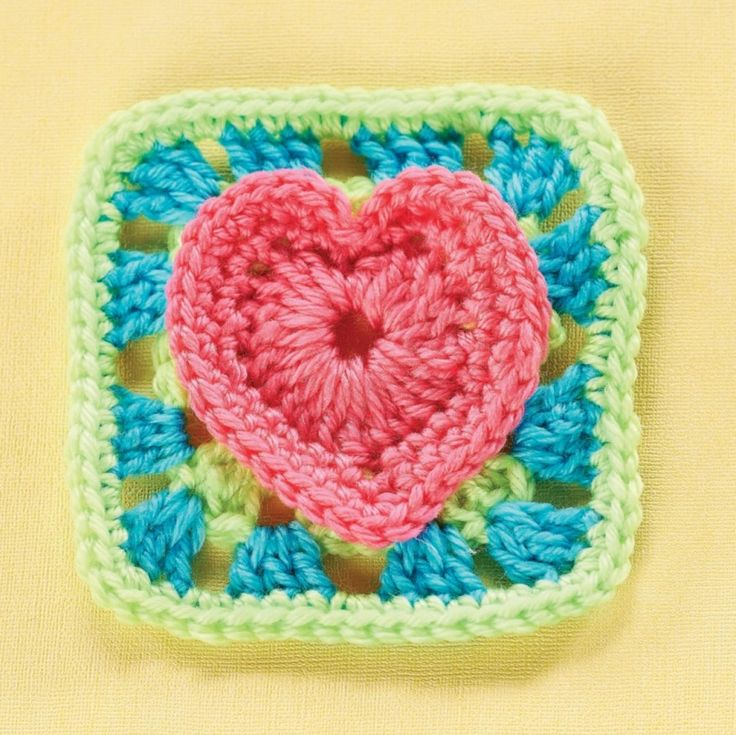 Heart granny square... Free pattern!                                                                                                                                                     More