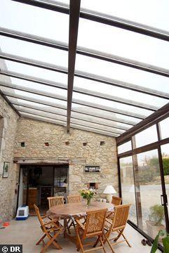 6 x 3 - Une véranda bien intégrée - Jardin d'hiver : optez pour la véranda - CôtéMaison.fr