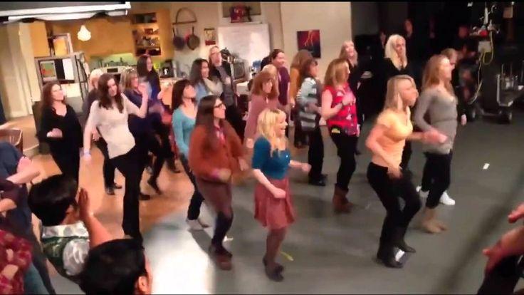 Big Bang Theory flash mob. Best. Bazinga. Ever.