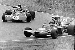 #11 Jackie Stewart (GB) - Tyrrell 003 (Ford Cosworth V8) 1 (1) Elf Team Tyrrell #17 Ronnie Peterson (S) - March 711 (Ford Cosworth V8) 2 (6) STP March Racing Team