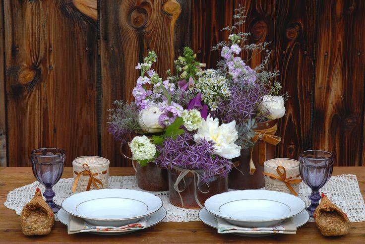 Lilac, cream and chocolate colour scheme