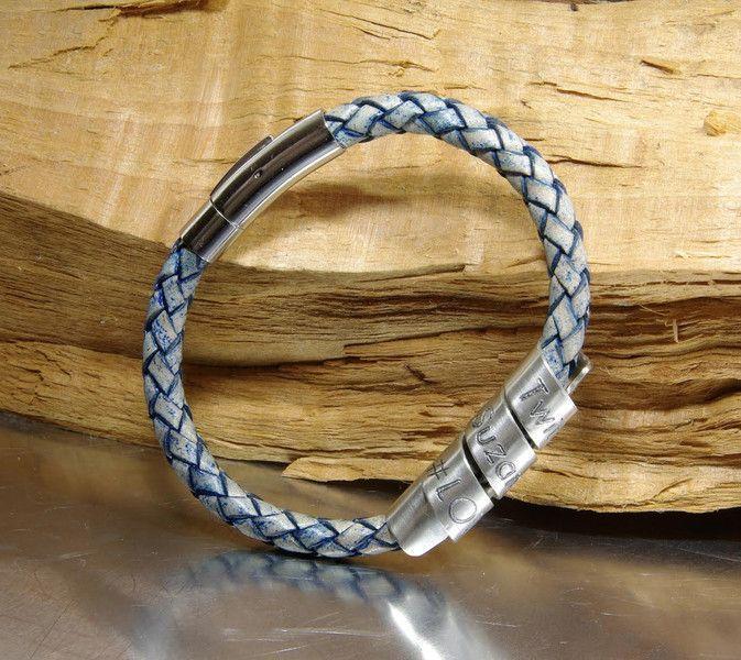 #Leren #mannen #armband met zilveren graveer bedel, Antiek Blauw NADINES.NL #herenarmband #damenarmband #cadeau #kado #geschenk