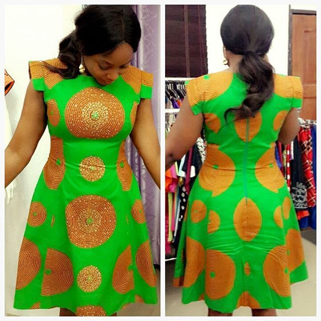 Simple Ankara Short Gown Style http://www.dezangozone.com/2016/03/simple-ankara-short-gown-style.html