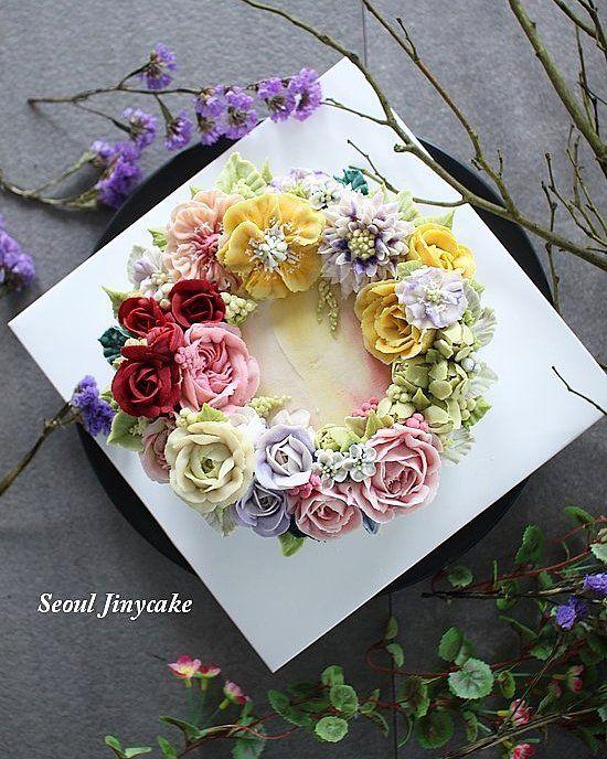 """좋아요 153개, 댓글 3개 - Instagram의 지니케이크 korea flower cake(@seoul_jinycake)님: """". 주문케이크  단아하니 아름답게 아드님이 어머님께 선물하신 고운케이크 . . ✔9월정규반 수강모집중 . ✔원데이클래스 상시모집중 ✔케익주문가능 . Kakaotalk…"""""""