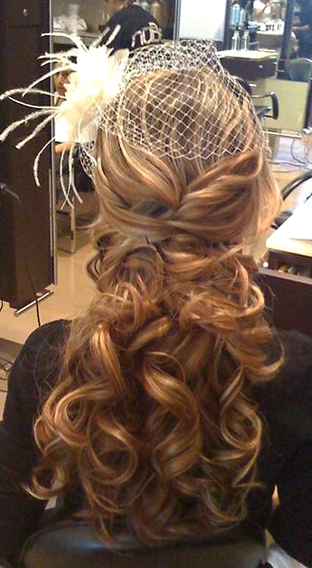 soft & pretty,great for long hair brides who want 2 wear it down &  feel like a princess