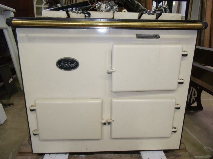 Nobel oil fired aga style cooker for sale on SalvoWEB from Cox's Yard in Gloucestershire [Salvo code dealer