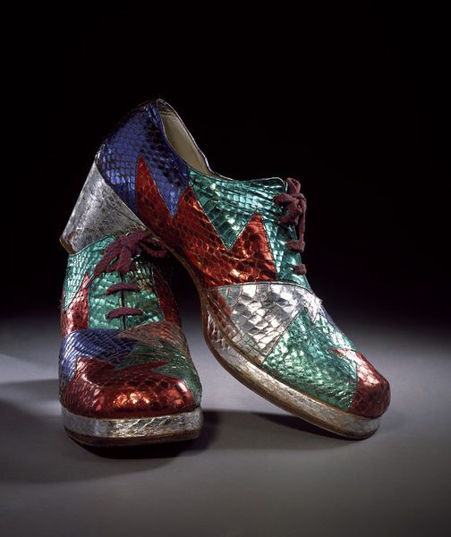 Pair of shoes | de Havilland, Terry | V&A Search the Collections