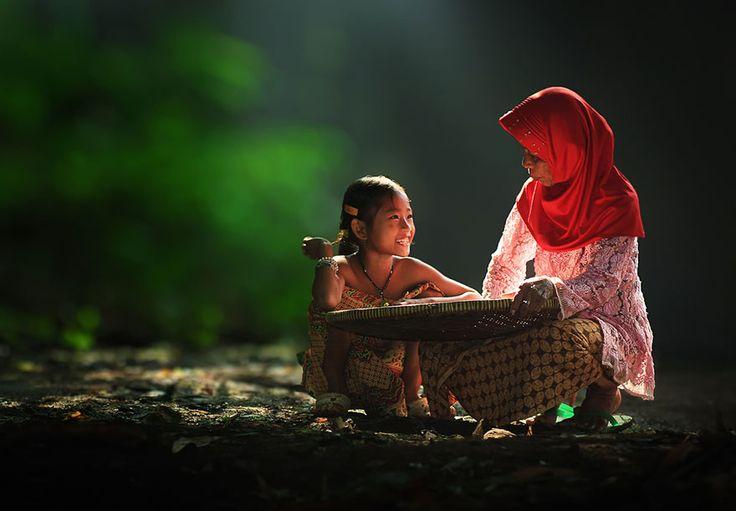 Herman Damar, la alegría de los niños en Indonesia - Cultura Colectiva - Cultura Colectiva