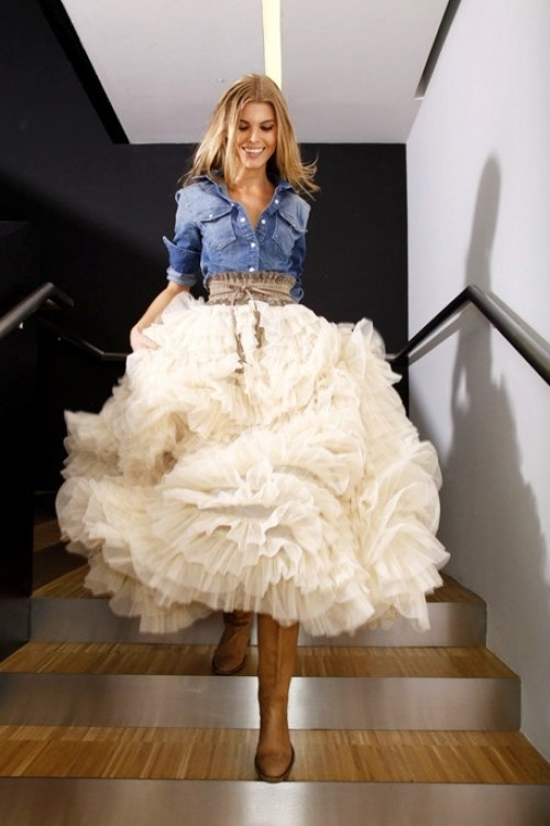 #denim shirt #tulle skirt #cowboy boots ...Such an unexpected and beautiful mix of casual and over the top.